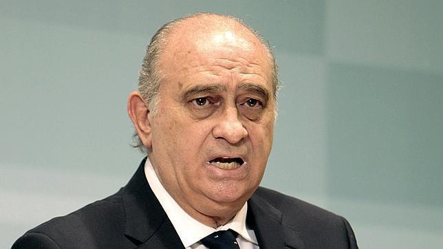 Asilo a hassanna aalia ministro del interior de espa a for Ministro del interior espana 2016
