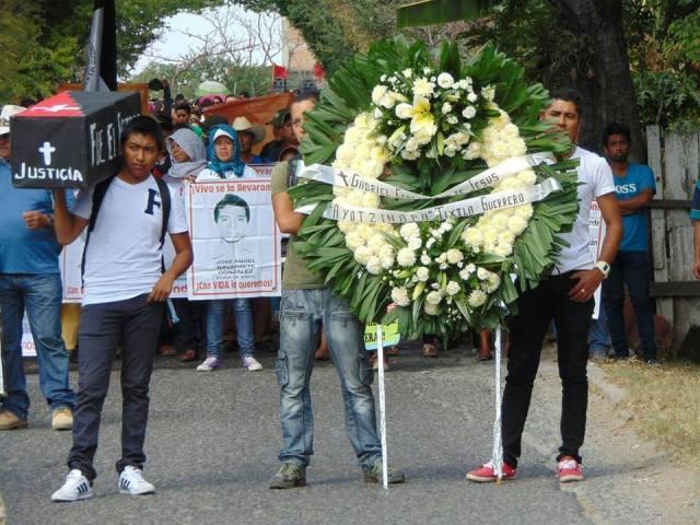 Dos normalistas asesinados 2011