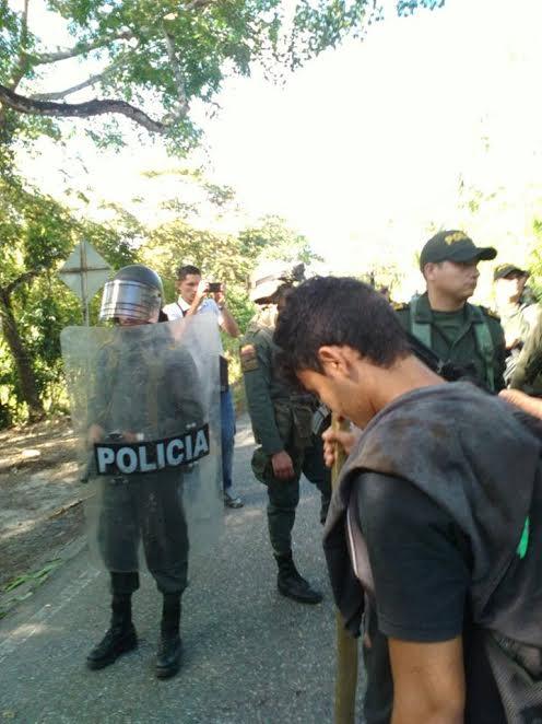 colombia-represion-a-campesinos1
