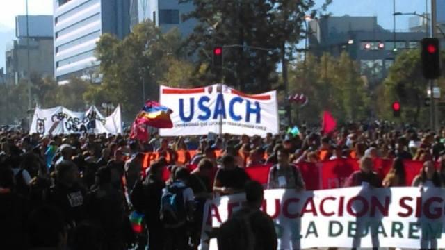 marcha estudiantil 11-4 Plaza Italia